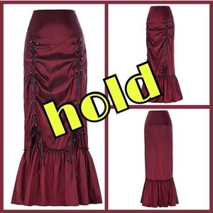 Dresses & Skirts - steampunk skirt hold